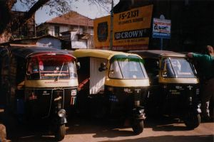 Photo of auto rickshaws from Wikimedia