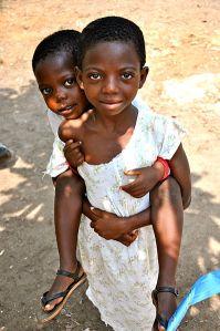 398px-Ghana_children_(7250567132)