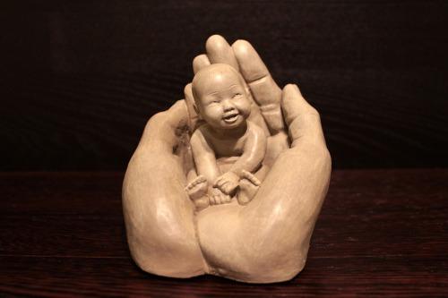 hands-1201785_1280